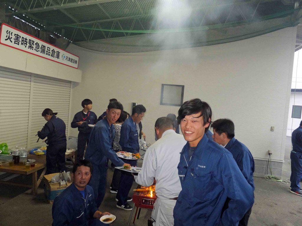 会社にて焼肉会