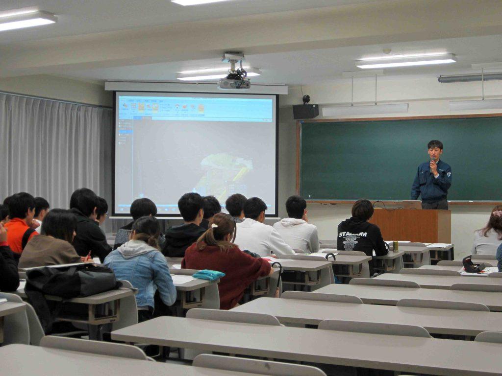 日本文理大学にて講義